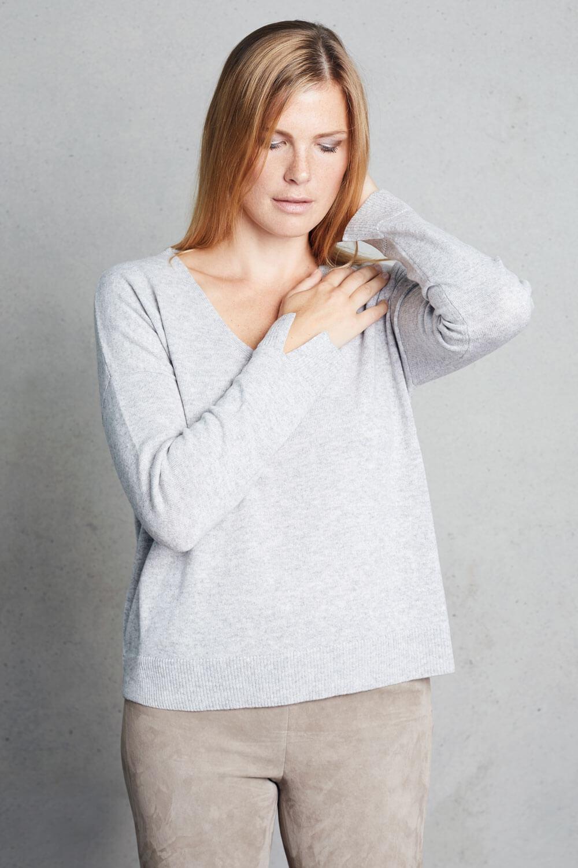 Incentive Cashmere - Pullover mit V-Ausschnitt
